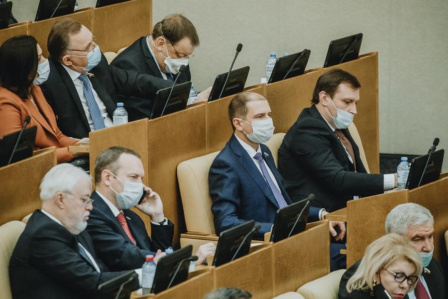 Михаил Романов: «Приняты важные законы, разработанные на основе обращений граждан»